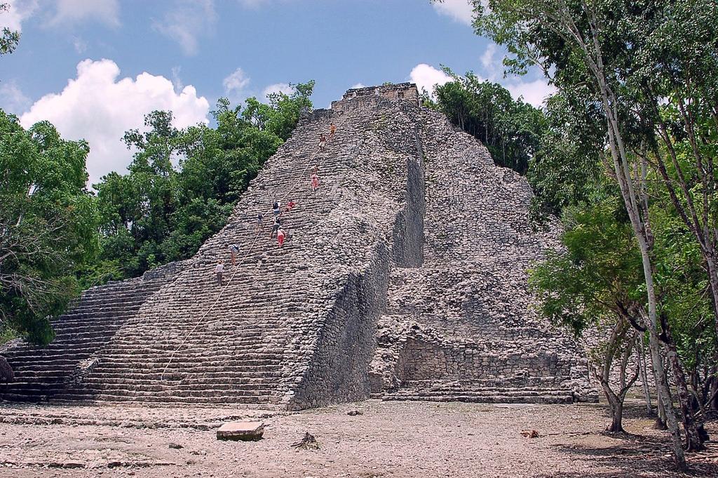 Пирамида Групо Нооч Муль