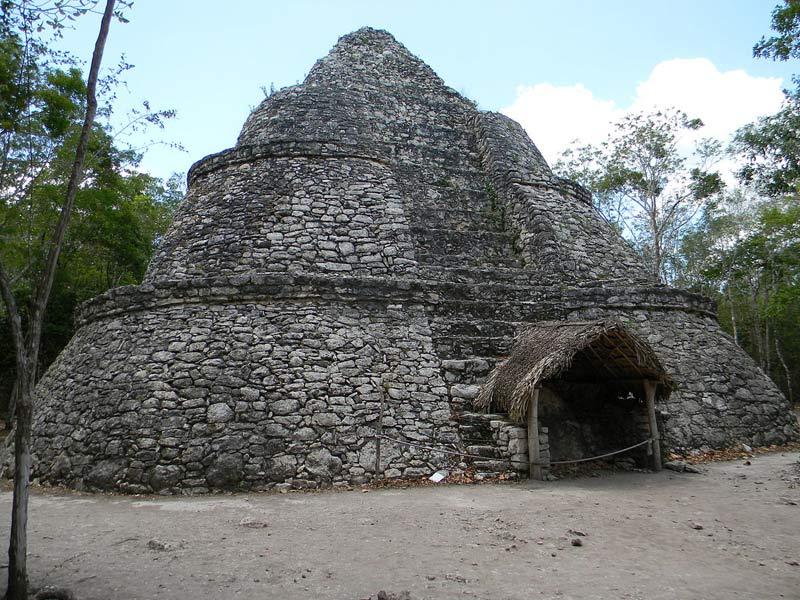 Пирамида Групо Коба