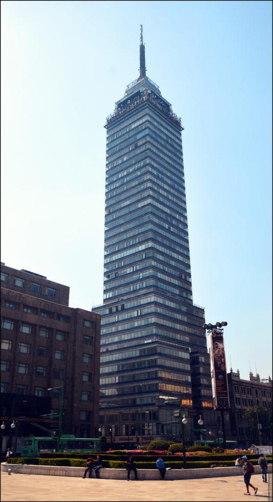 Латиноамериканская башня в Мехико