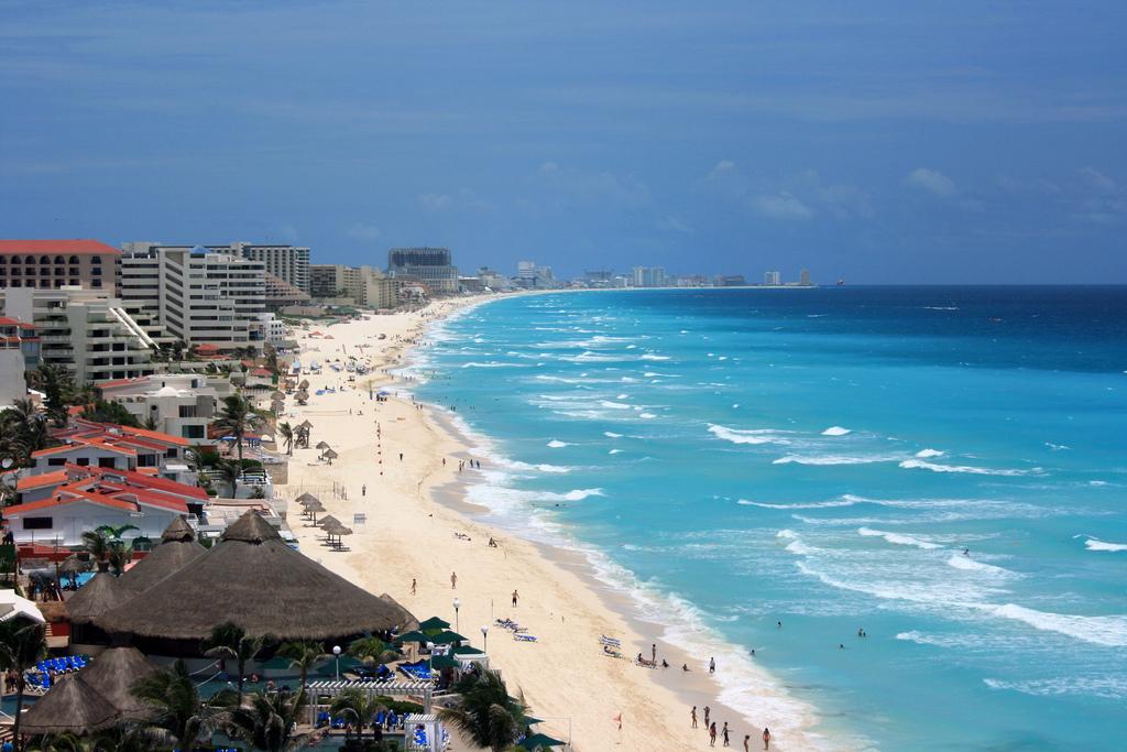 Канкун-Бич
