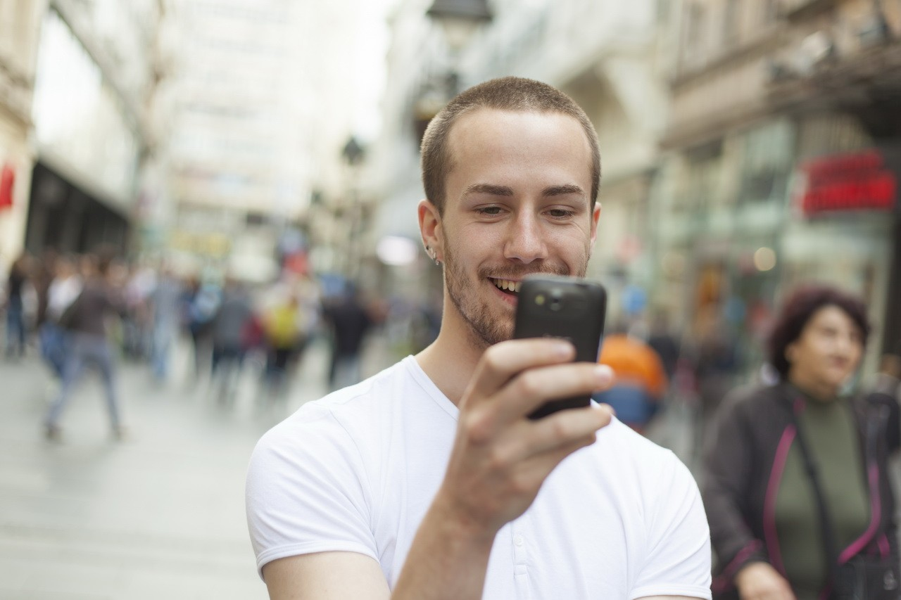 Мобильные приложения упрощают процесс обучения и делают его возможным как для детей, так и для взрослых.