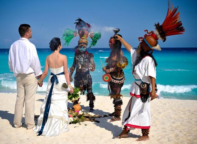 Церемоний бракосочетания в индейском стиле