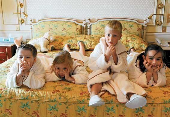 Топ 10 отелей, подходящих для семейного отдыха с детьми